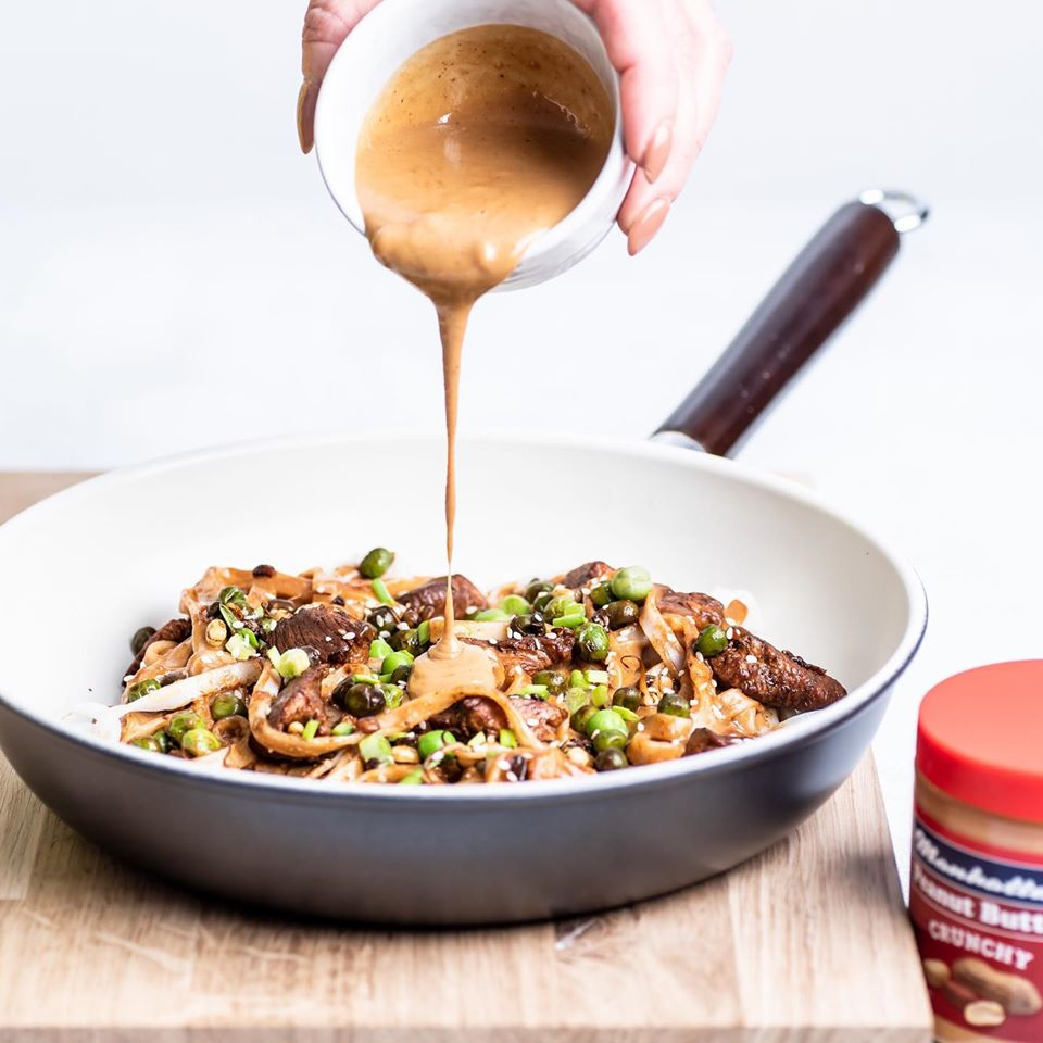 Chicken Noodles with Crunchy Peanut Butter